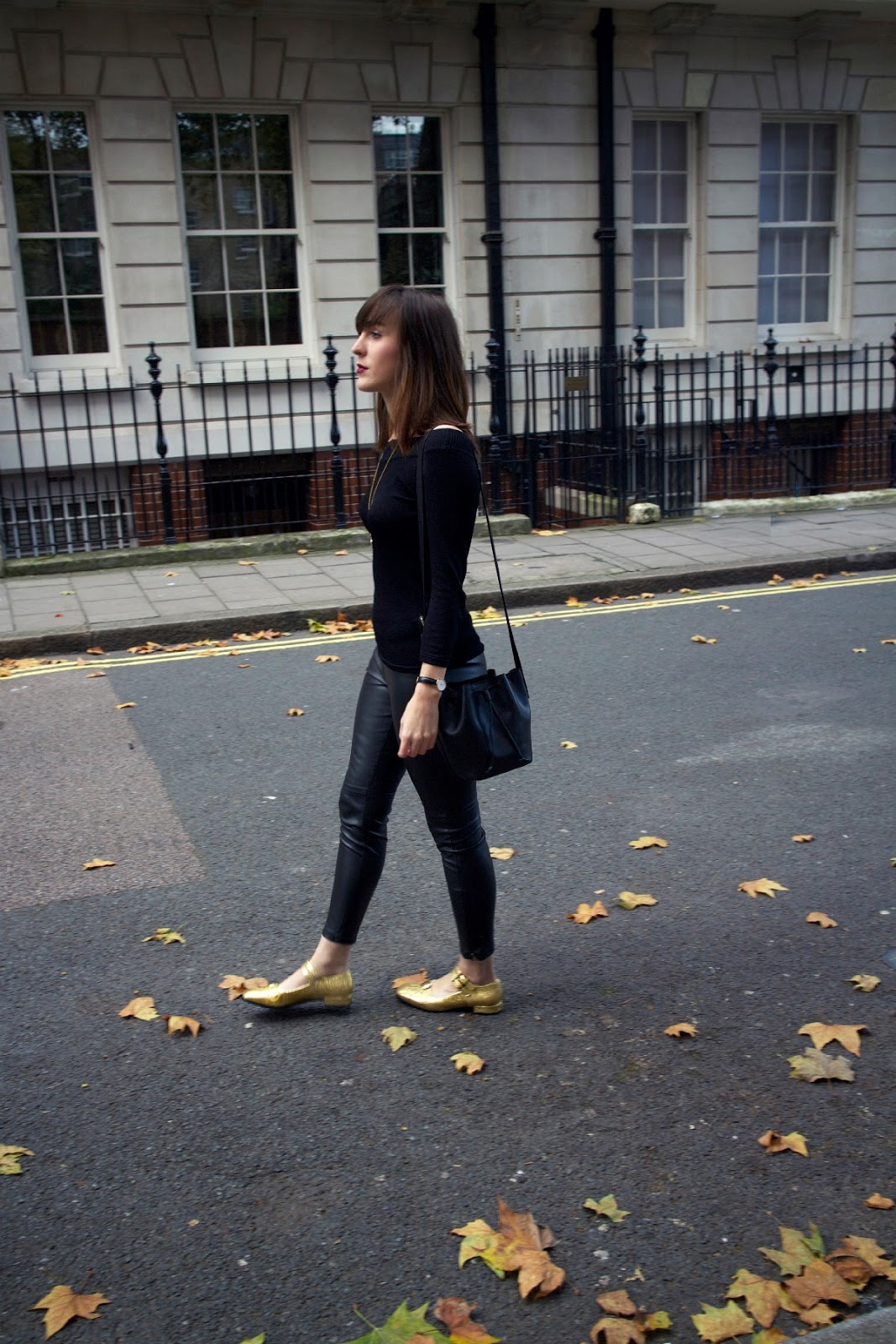 outfit leather trousers orla angelina x clarks