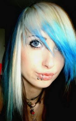 http://2.bp.blogspot.com/-cjHKGwgWIKs/T4J_vM_O-FI/AAAAAAAABA8/lu6ougYE3QM/s1600/emo-hairstyles-3.jpg