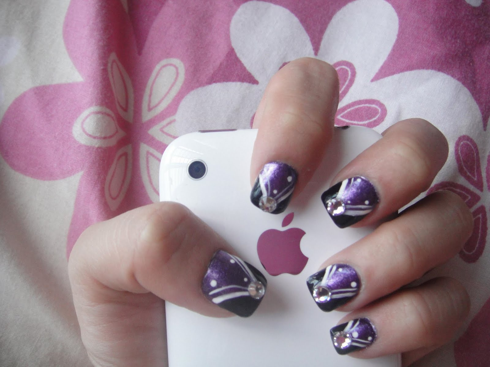Nail Design Ideas 2012 valentines day nail art designs 2012_1 Best Nail Designs For Short Nails Cute Nail Art Designs 2012