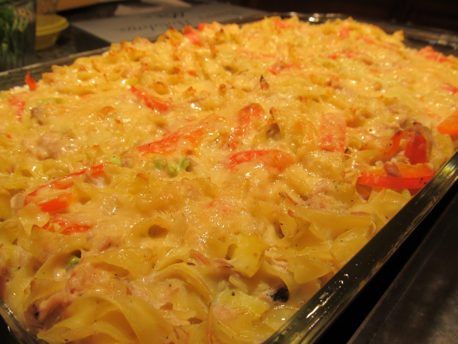 Mediterranean Tuna-Noodle Casserole