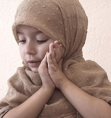 balita-muslimah-imut-berjilbab