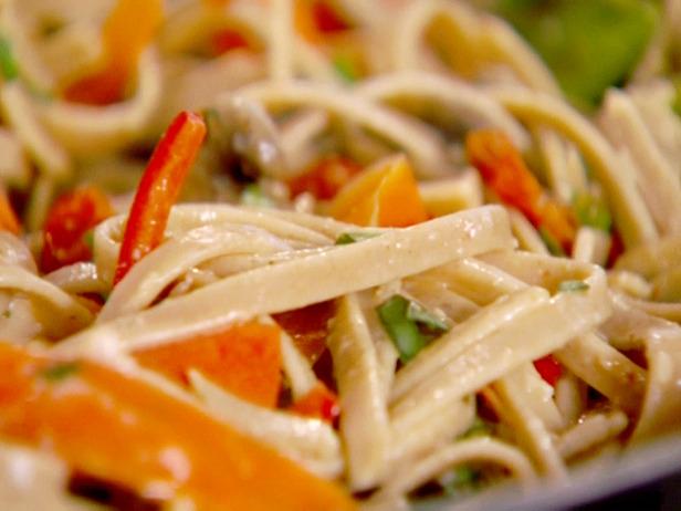 The Bodily Recipe Box: Pasta Primavera