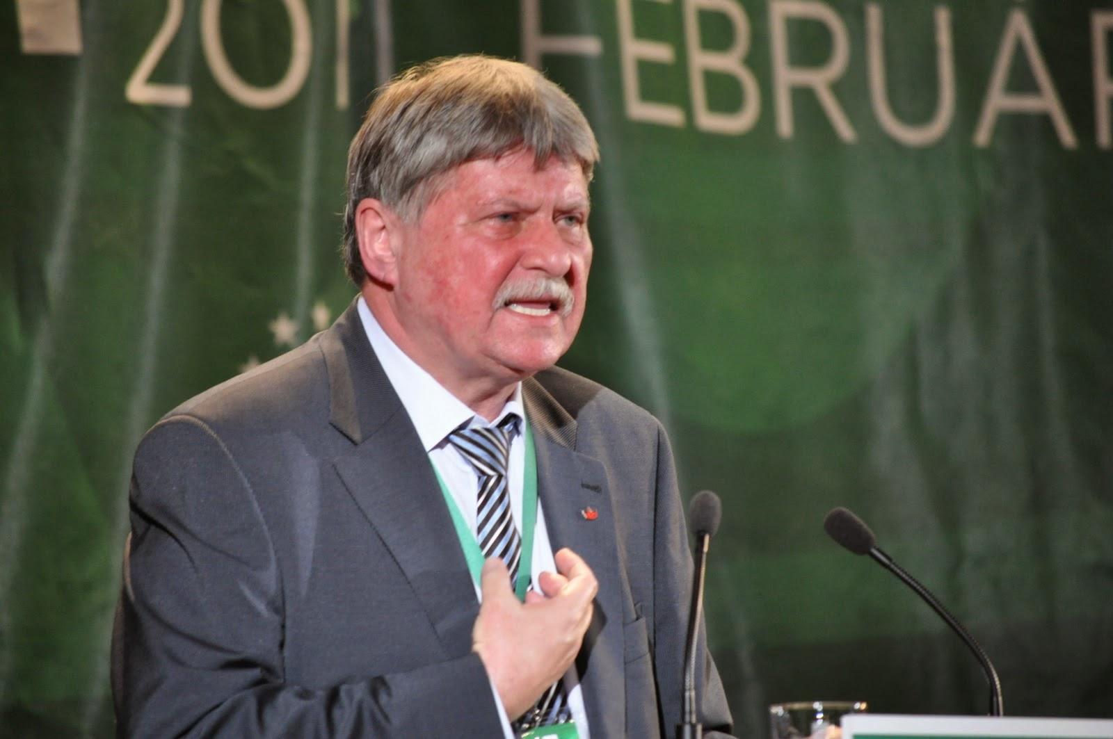 Verestóy Attila, DNA, Viorel Hrebenciuc, erdőirtás, erdő-visszaszolgáltatás, románia, korrupció,