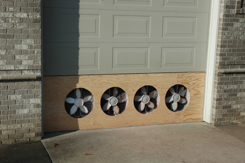 Garage Paint Booth Ventilation : Booth zombie pic paint exhaust fan