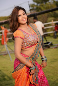 Komal Jha latest dazzling photos gallery-thumbnail-10