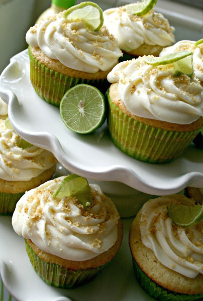 The Nifty Cupcake: Key Lime Pie Cupcakes
