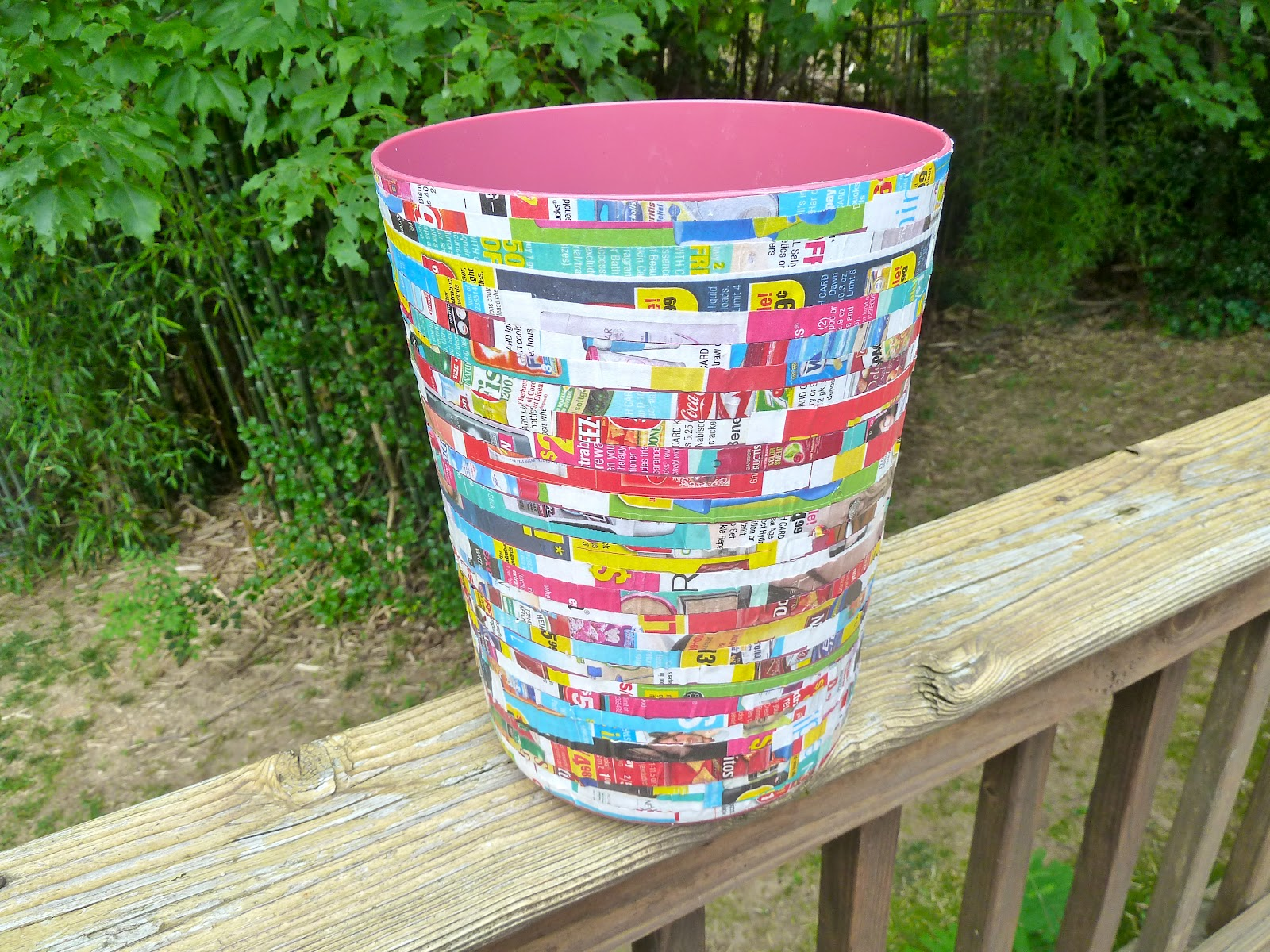 Make it easy crafts recycled waste wastebasket for Waste paper craft