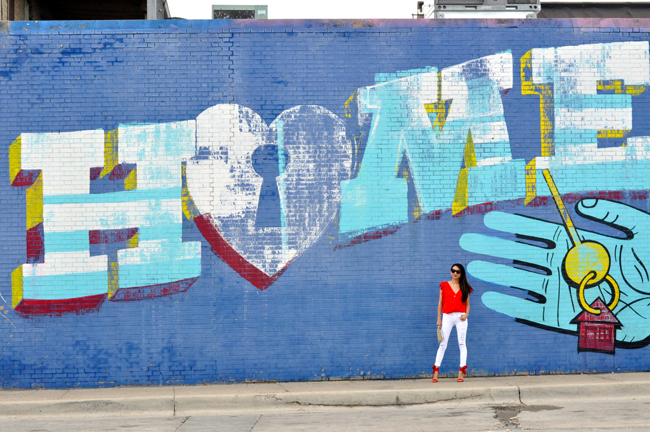 Top five best walls in chicago to instagram or shoot for Chicago wall mural