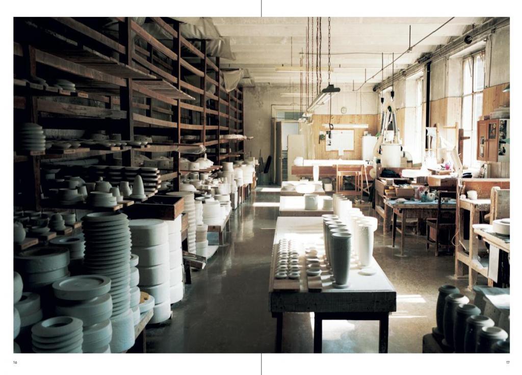 buchtipp porzellan manufaktur nymphenburg. Black Bedroom Furniture Sets. Home Design Ideas