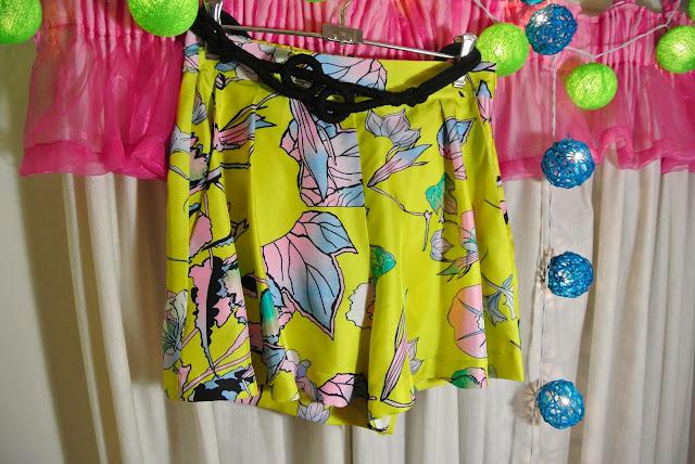 Therese Rawsthorne colourful printed silk Hana Shorts and Gail Sorronda rope belt
