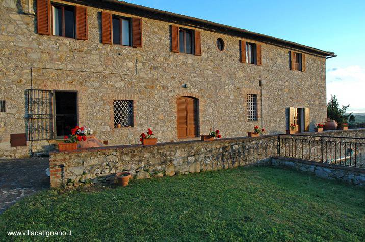 Arquitectura de casas casas bonitas en la campi a de italia for Fattoria moderna a 2 piani