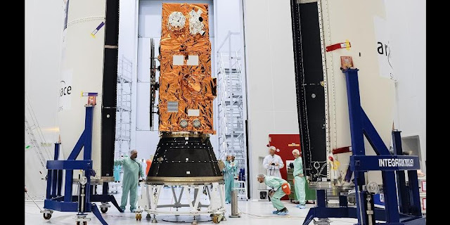 Sentinel-2A Earth observation satellite being encapsulated on June 8, 2015. Credit: ESA