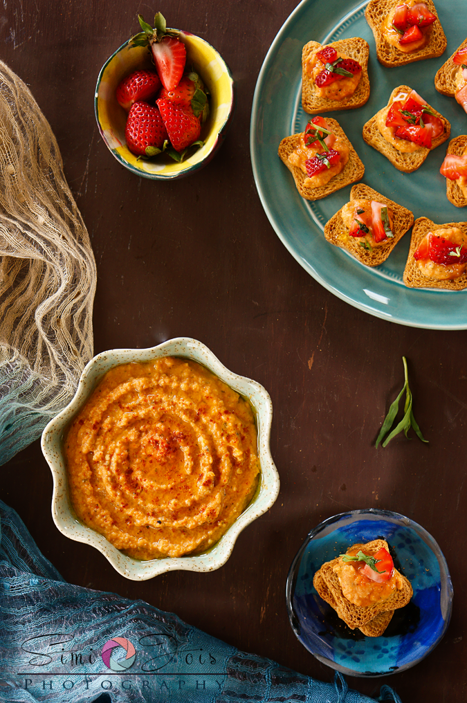 #Hummus, #RedPepperHummus, #SpicyHummus, #OrganicFarming, #WhatIsOnYourPlate, #FoodPhotography