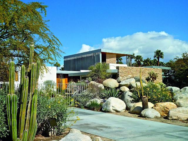 Kaufmann-House-Palm-Springs.jpg