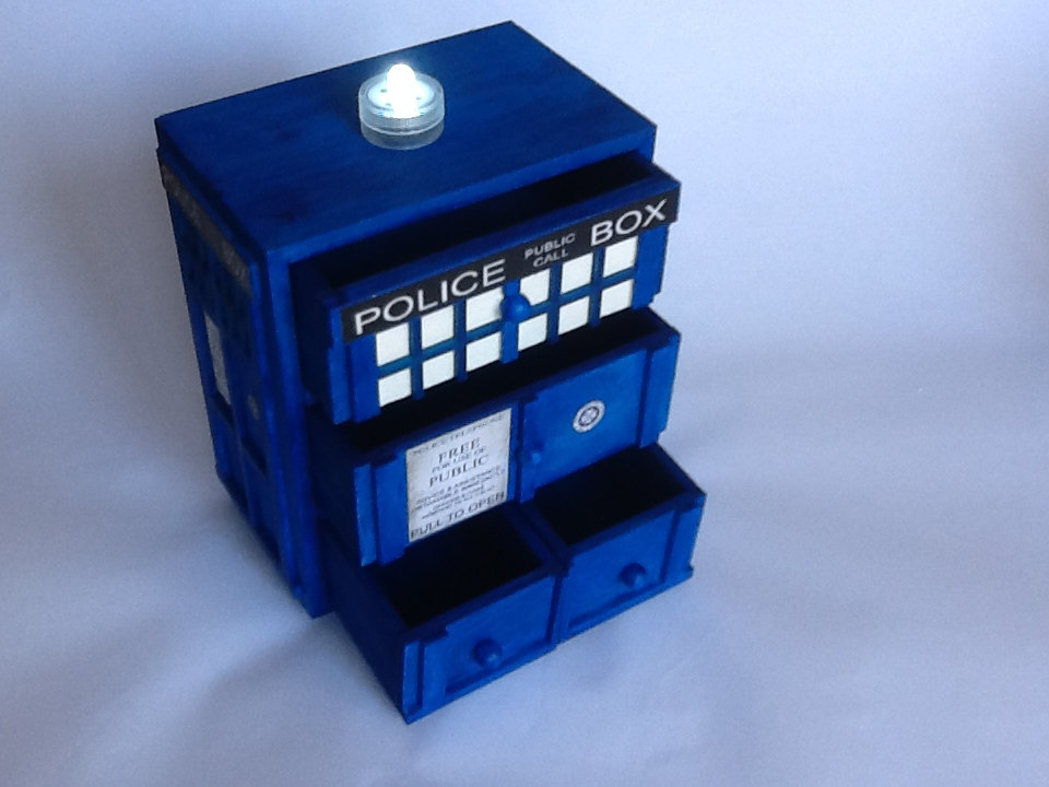 wood tardis jewelry box 2