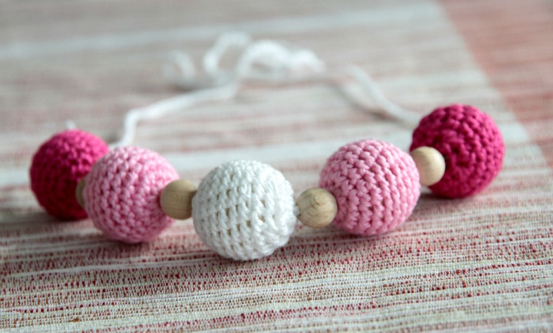 nursing necklace crochet imetyskoru kantoliinakoru liinailukoru
