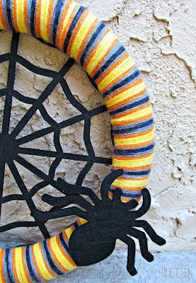 Halloween Spider Web Wreath | It's Always Ruetten