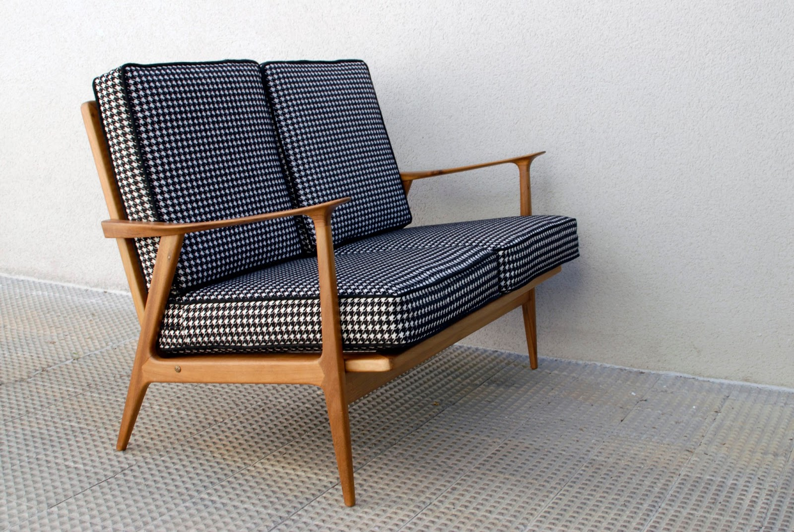GANCEmania: mobiliario siglo XX y lu00e1mparas FASE; interior designers ...