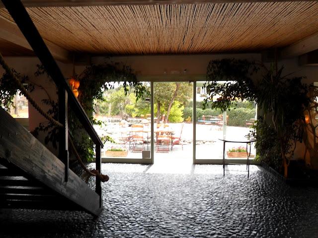 Las ca as de midas perspectivas de la casa verde de torrelodones un lugar para deleitar la - La casa del libro torrelodones ...