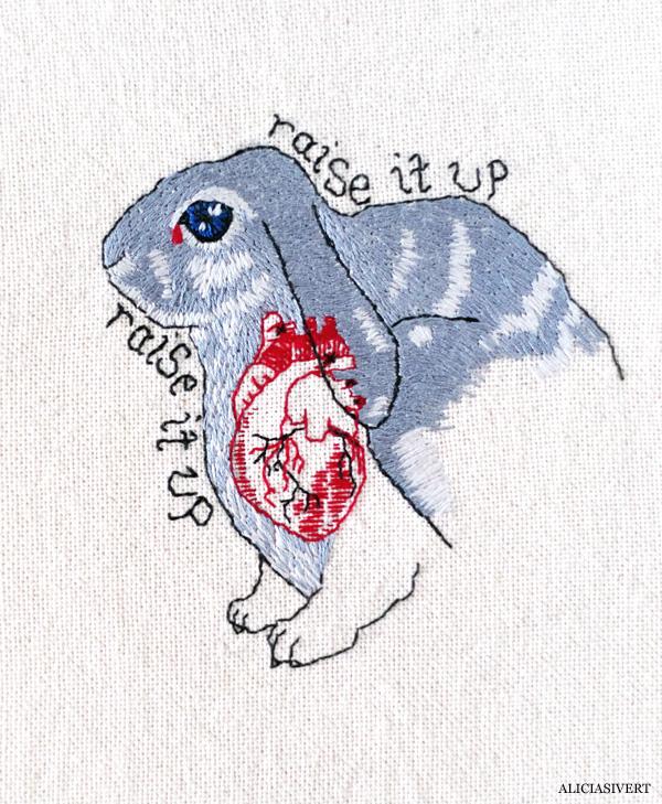 aliciasivert, alicia sivert, alicia sivertsson, rabbit, bunny, kanin, raise it up, rabbit heart, anatomical heart, florence and the machine, florence welch, embroidery, needlework, broderi, anatomiskt hjärta, kaninhjärta, skapa, alster och makeri, sömnad, hantverk, brodera