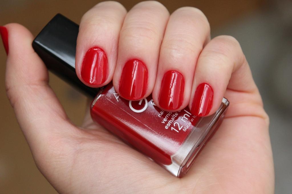 красная упаковка жидкий каштан