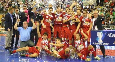 FÚTBOL SALA-El Pozo gana la Supercopa en los penaltis