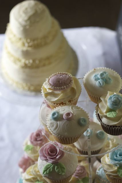 Vintage and Cake: Laura and Michael s wedding cakes