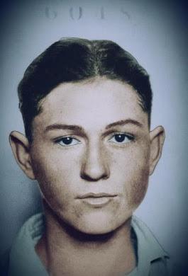 A young Clyde Barrow !