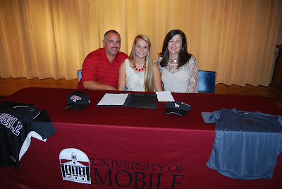 Montgomery Catholic's O'Connor Signs with The University of Mobile 1