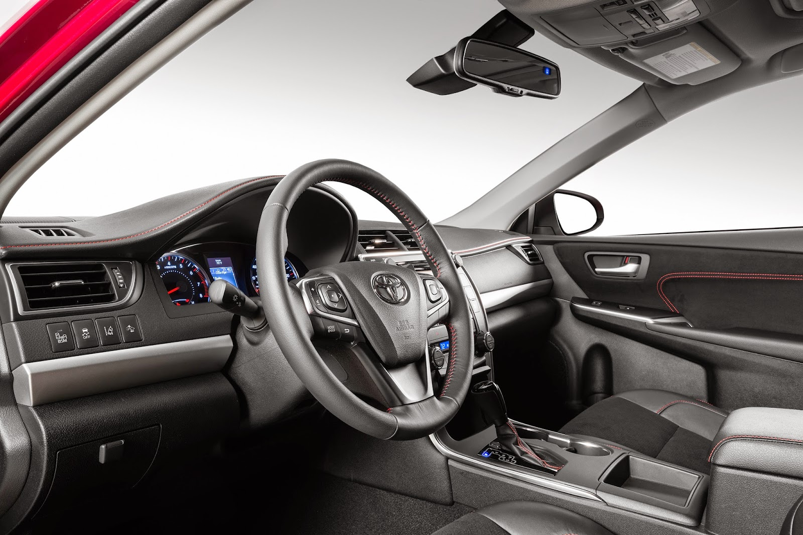 Interior view of 2015 Toyota Camry XSE