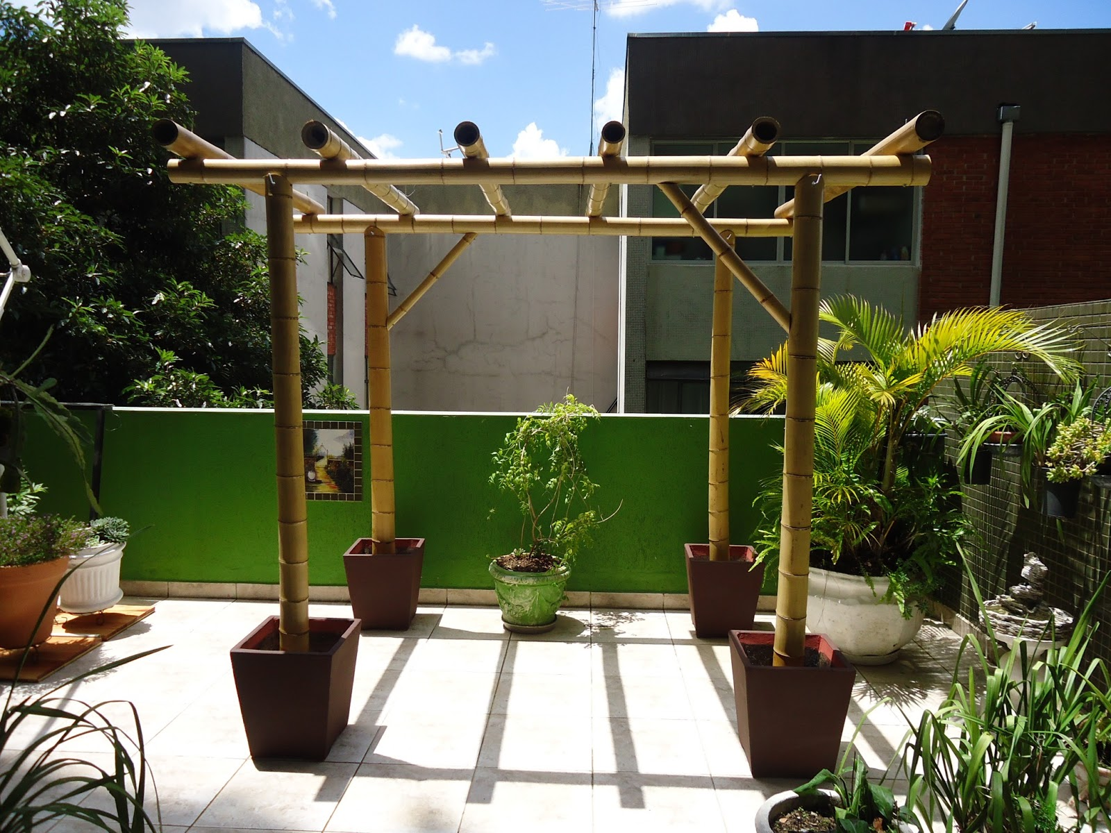 jardim vertical bambu:domingo, 14 de abril de 2013