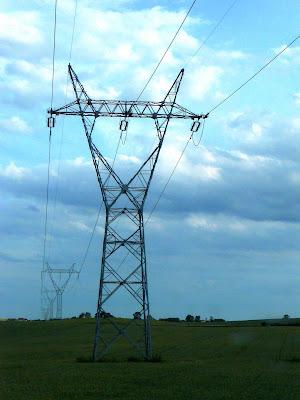 Wieża - konstrukcja wsporcza pod linie elektryczne