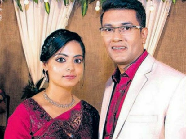 Actress Maria Roy and  Smith during wedding reception