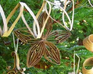 Décorations de Noël avec des Tubes en Carton, Matériaux Recyclés, Idées Écologiques