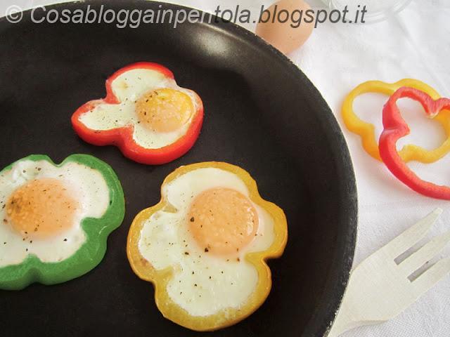 cosabloggainpentola ricetta peperoni uova uovo fritto