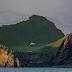 Casa única, solitaria y misteriosa en la isla islandesa de Elliðaey