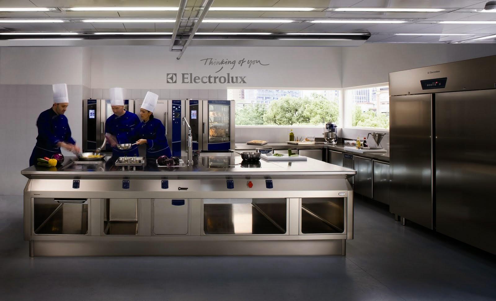 Reformar la cocina en barcelona capital y barcelona provincia cerramientos terrazas persianas - Exposicion cocinas barcelona ...