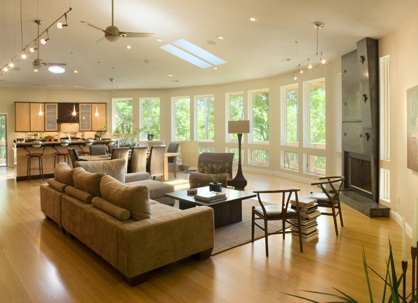 Color Schemes The color palate of the room is another helpful tool to blend different  living room ideas  Even if the d cor dramatically contrasts in concept. Design Home Pictures  Combining Living Room Ideas