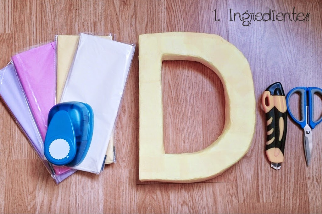 Tutorial letras con flores de papel presume de boda blog for Como decorar bolas de corcho blanco