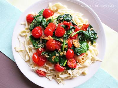 garlic_spinach_tomato_pasta_linguine