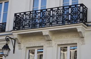 Balcon du 111 rue Saint-Antoine à Paris