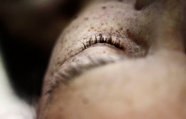Cathrine Ertmann: At møde døden - 'Det for evigt lukkede øje'
