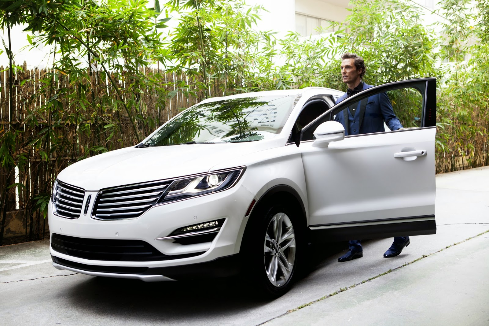 2015 Lincoln MKC Has Arrived to Don Tester Ford Lincoln!