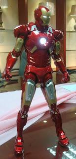 NECA 1/4 Scale Avengers Iron Man Mark Mk VII Figure