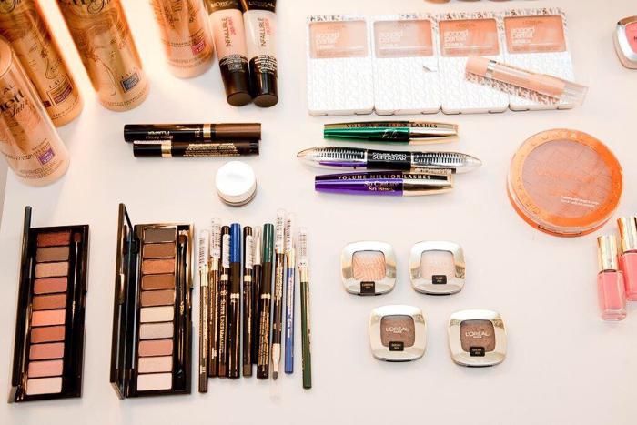 #LorealdeCibeles Sorteo de los productos imprescindibles de los maquilladores de la MBFWM