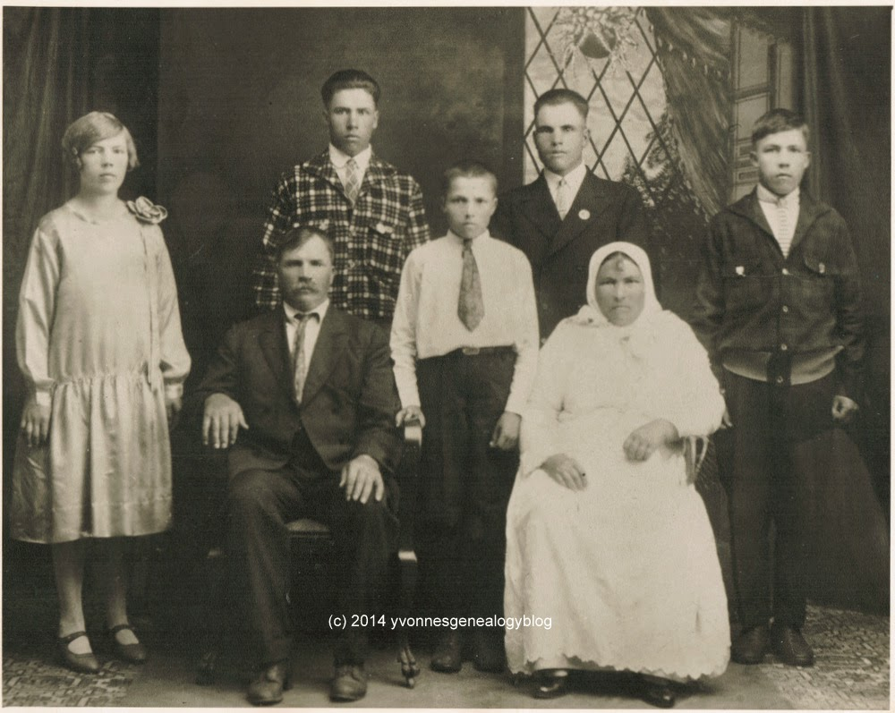 Wasyl Demosky (Demoskoff) family portrait