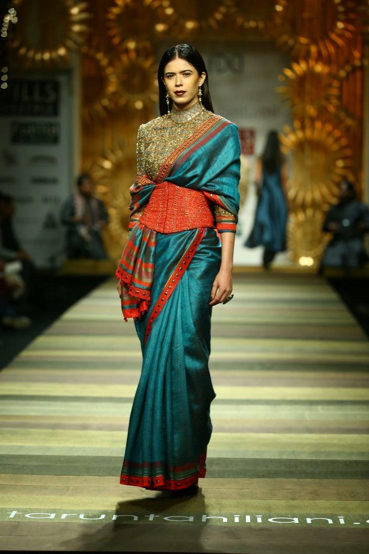 Tarun Tahiliani Show At Wills Lifestyle India Fashion Week