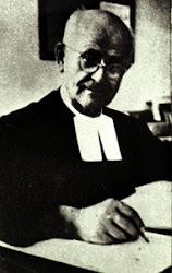 Biografias de Nectario Maria