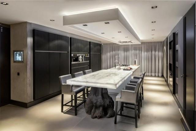 Comedores modernos en gris y blanco colores en casa for Comedor grande moderno