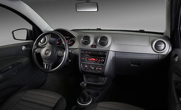 novo Volkswagen Gol G6 2014 interior